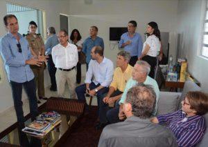 Alexandre Andrade Lima (pres Feplana) falando com a Ministra Tereza Cristina
