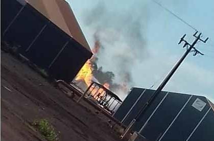 Incêndio toma conta de tanque de etanol em unidade da Biosev
